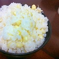 トウモロコシと白ゴマの炊き込みご飯