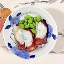 タコと、枝豆の梅酢和え