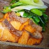 カレー風味の鮭のムニエル