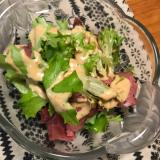 ローストビーフとグリーンリーフのサラダ