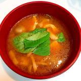 シャキシャキ蓮根と☆鶏胸肉とモロヘイヤの豆腐チゲ