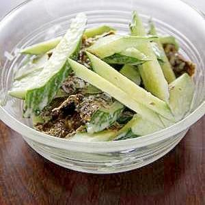 ちょっぴり韓国風『海苔ときゅうりのサラダ』