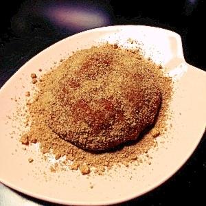 鏡餅でココア黒豆入り黄な粉餅