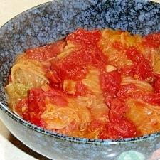 干椎茸が隠し味、ロール白菜のトマト煮込み