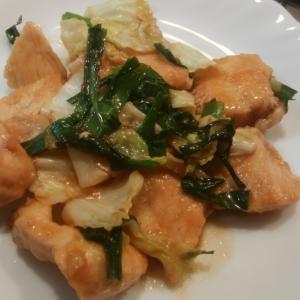 鶏胸肉とキャベツの中華風スタミナ炒め