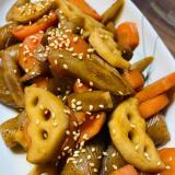 根菜類、コンニャクの甘辛煮物♡