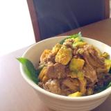 ラム肉の生姜焼きで* アボカド玉子のトロットロ丼