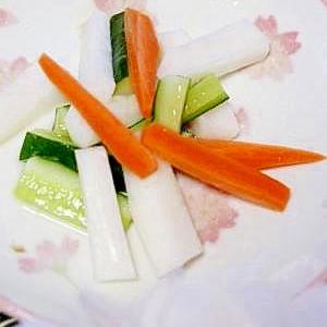 手軽に作れる ★ 野菜の甘酢漬け