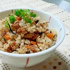 大豆ミートの炊き込みご飯