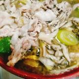 マイタケ豚の味噌鍋