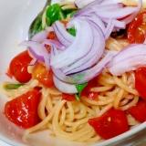 夏レシピ トマトと青唐辛子の冷たいパスタ