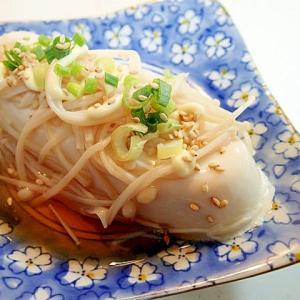 麺つゆ/マヨで えのき茸と葱とごまの冷奴