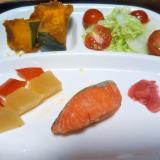 鮭と野菜のヘルシープレート