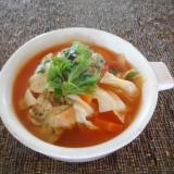 シソ肉団子とキャベツとニンジンの梅トマトスープ