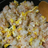 卵&鮭フレークの昆布茶ご飯