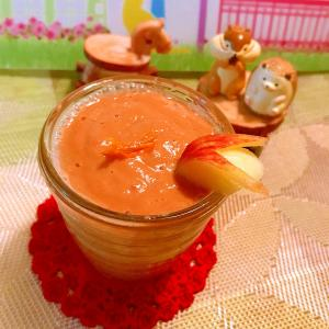 バナナと林檎とオレンジのキャロブクリームスムージー