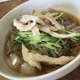 ささみたっぷり韓国冷麺