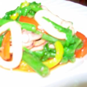 ☆イカと彩どり野菜の塩麹炒め☆