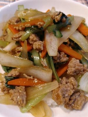 青椒肉絲の素で作る☆お手軽中華丼