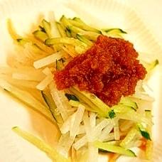 しゃきしゃき大根ときゅうりのピリ辛サラダ