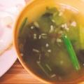 しめじ豆腐わかめ三つ葉の美味しいお味噌汁
