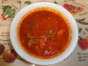 ピリ辛!牛肉のトマトスープ
