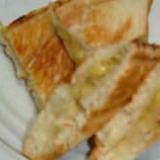 バナナと蜂蜜のホットサンド