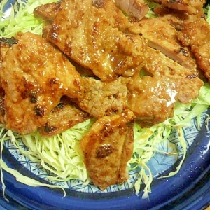 豚肉のヨーグルト漬け焼き