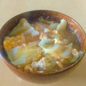 優しい味♡キャベツの卵とじ味噌汁