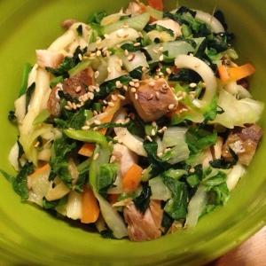 白菜と塩サバの焼きうどん。
