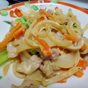 いろいろ野菜と豚肉のオイマヨ炒め