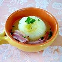 新玉葱の丸ごとスープ煮