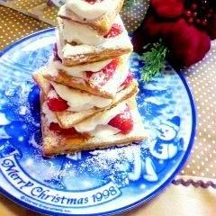 いちごのミルフィーユのX'masツリーケーキ