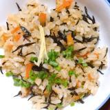 沖縄炊き込みご飯(ジューシー)
