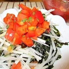 大根と韓国海苔のシソトマトドレッシングサラダ