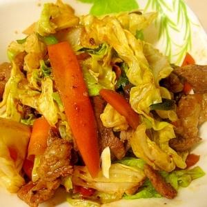 豚バラ肉と人参、キャベツの炒め