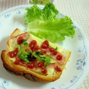 ちょっとおつまみ!ベーコンチーズの中華風味トースト