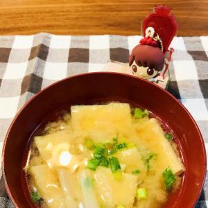 関西の定番!京あげと新玉ねぎの味噌汁