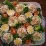 ひな祭りに!ポテトサラダ&サーモンのお花畑