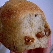 ::シナモンたっぷり レーズンのちぎりパン::