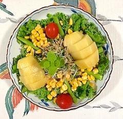アスパラ、スイートコーン、リーフレタス のサラダ