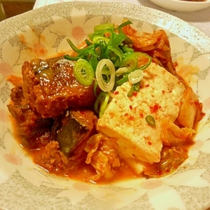 さば味噌煮缶のキムチ豆腐