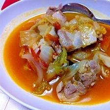 白菜と鶏肉のトマトスープ