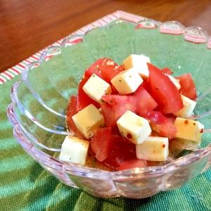 トマトとチーズのオイルサラダ