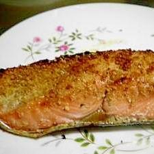 鮭のゴマ付け焼き