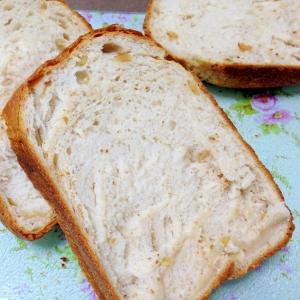 ホームベーカリーで☆くるみ食パン