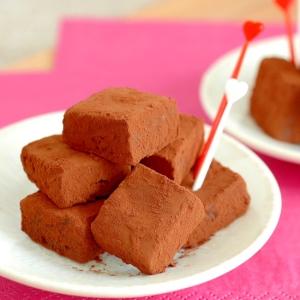 固めるまでは、わずか5分 本格的生チョコを簡単に
