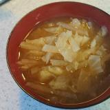 大根とキャベツの味噌汁