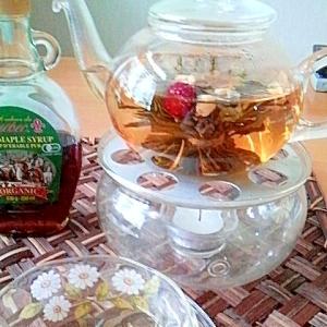 ジャスミン茶にメープルシロップが合うんです☆