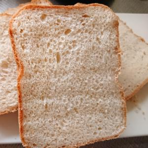 ホームベーカリー早焼き☆マスコバド糖パン(黒糖パン